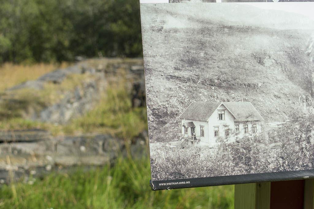 Ankerlia: presente e passato