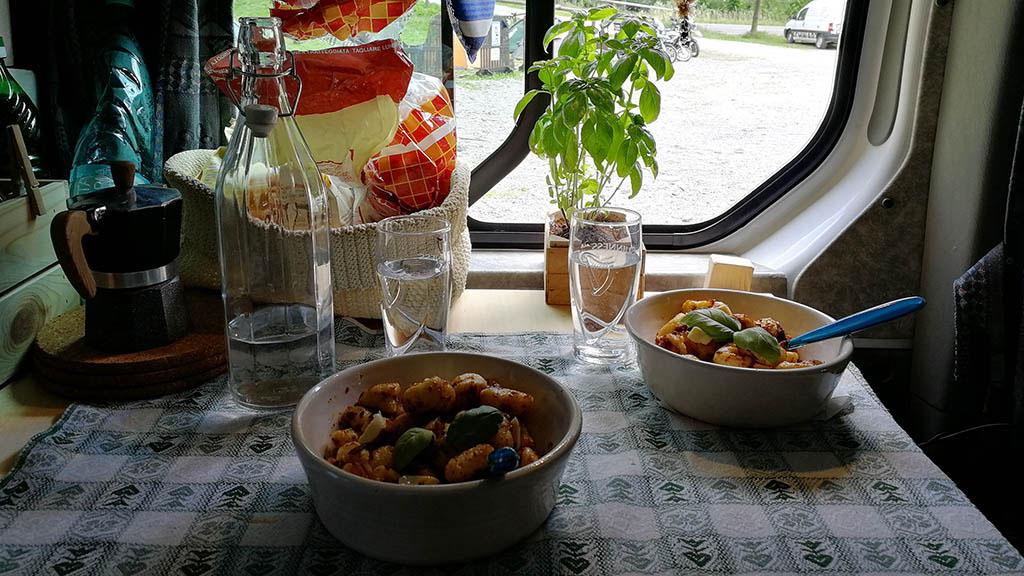 gnocchi in van camper